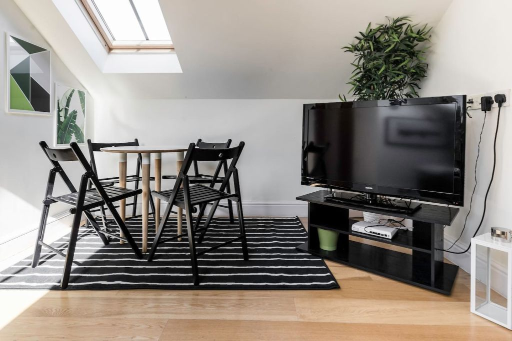 image 5 furnished 1 bedroom Apartment for rent in Hampstead, Camden