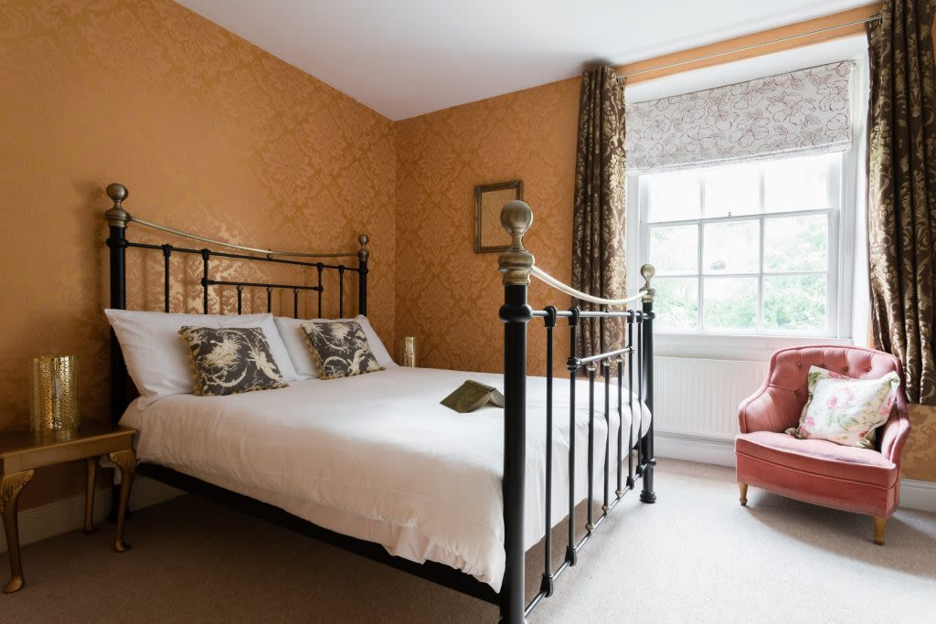 image 7 furnished 5 bedroom Apartment for rent in Bath and North East, Somerset