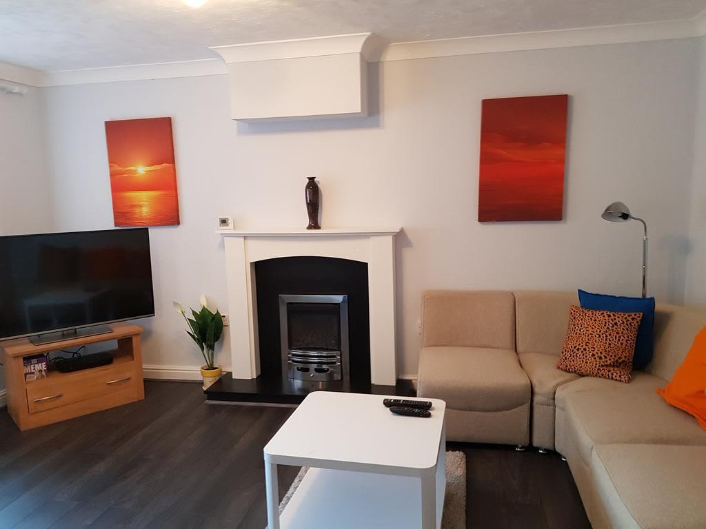 image 3 furnished 3 bedroom Apartment for rent in Nottingham, Nottinghamshire