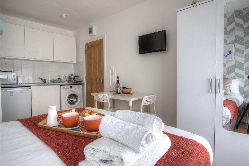 image 6 furnished 1 bedroom Apartment for rent in Kensal Green, Brent