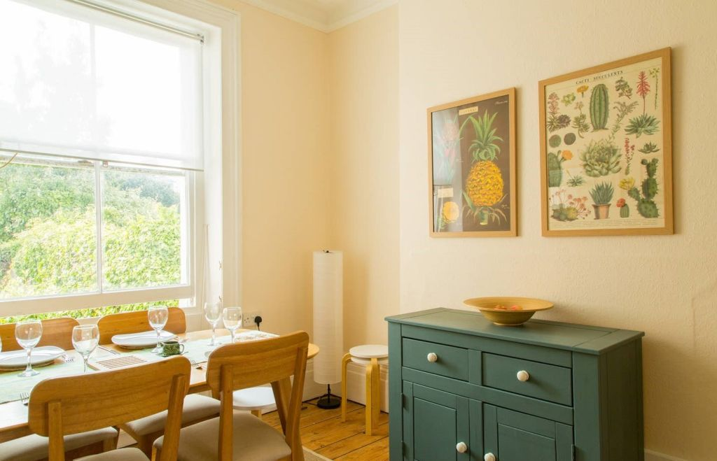 image 6 furnished 3 bedroom Apartment for rent in Brighton - Hove, East Sussex