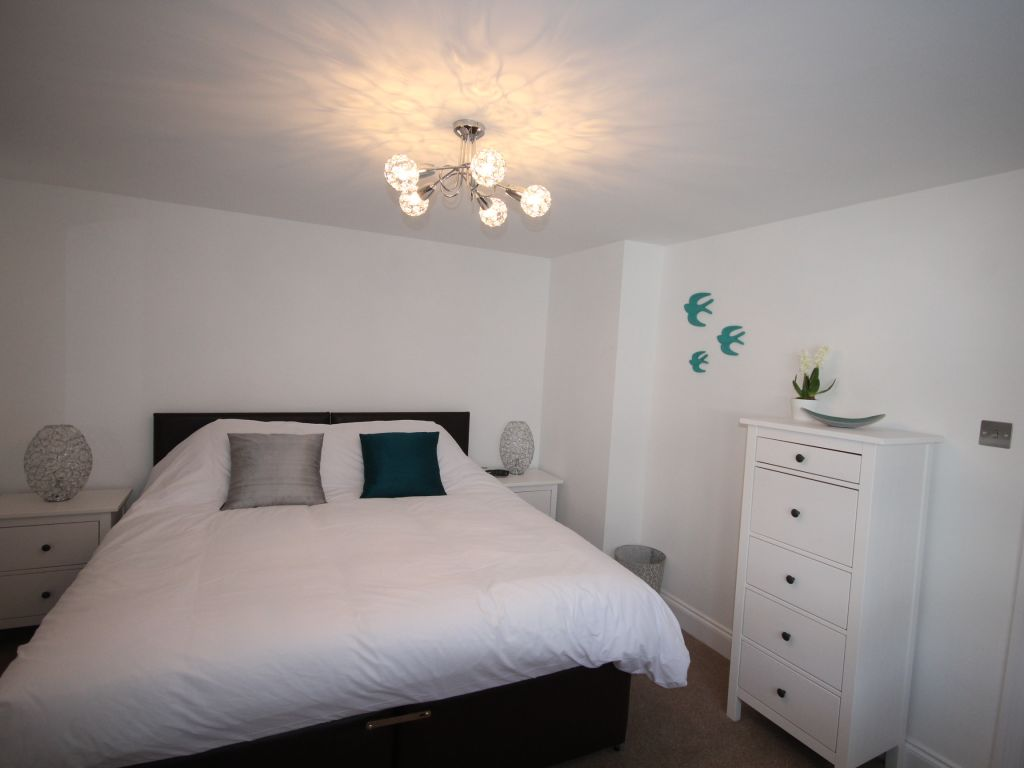 image 8 furnished 2 bedroom Apartment for rent in St Albans, Hertfordshire
