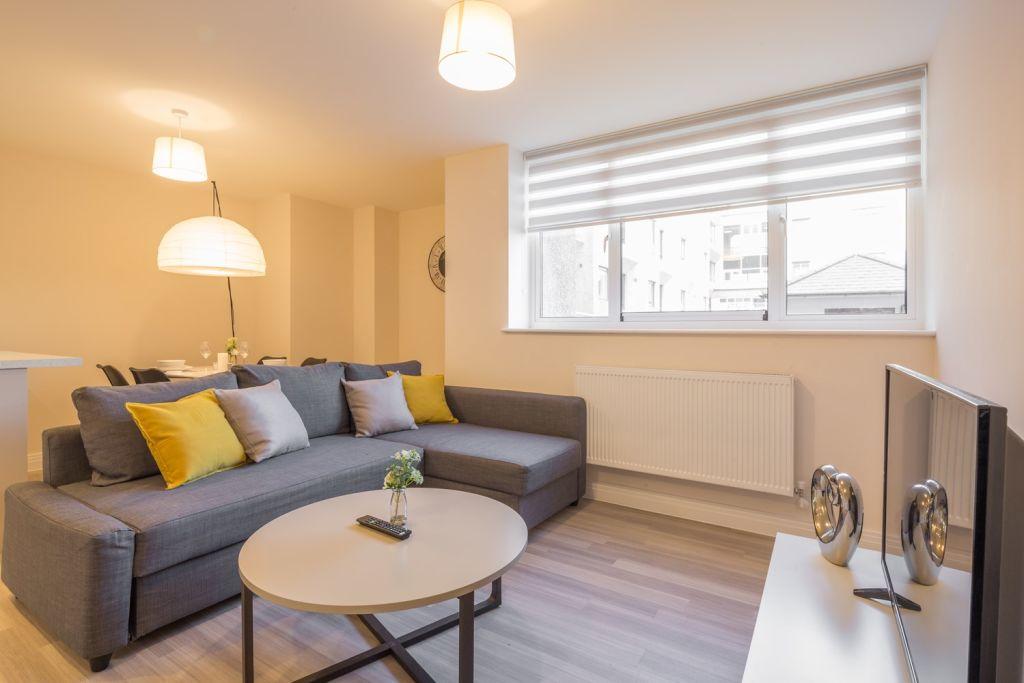 image 3 furnished 2 bedroom Apartment for rent in Stevenage, Hertfordshire