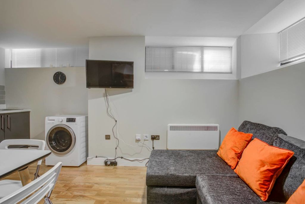 image 4 furnished 1 bedroom Apartment for rent in Ancoats, Manchester