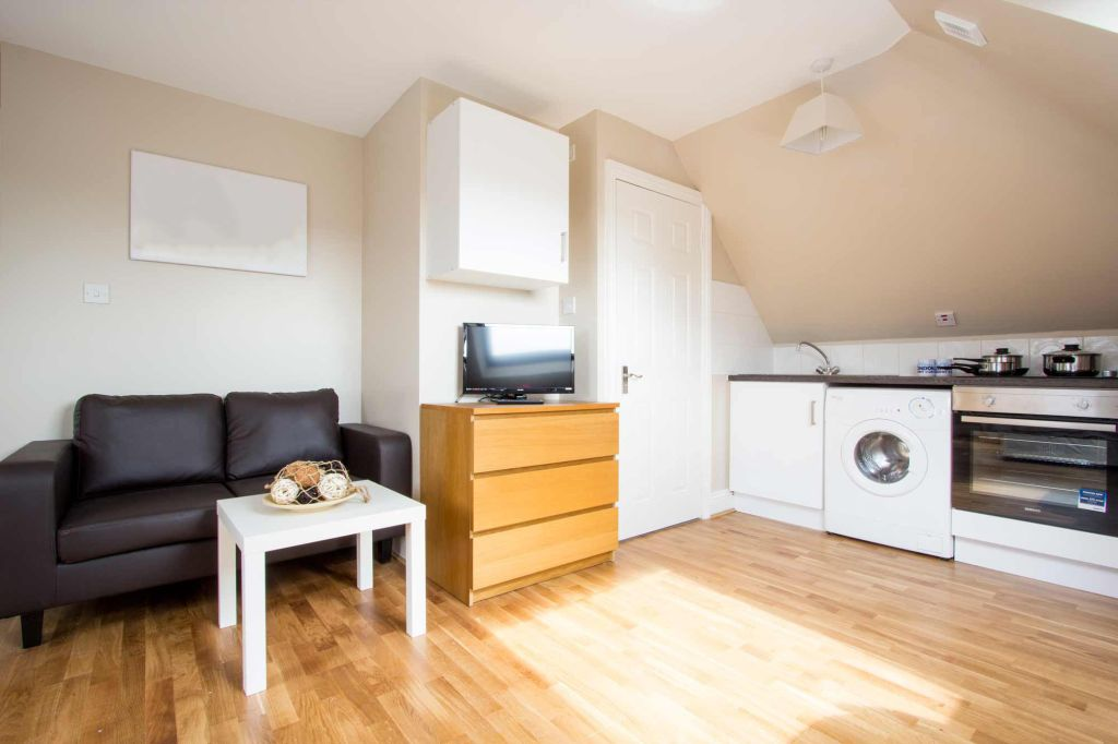 image 2 furnished 1 bedroom Apartment for rent in Cricklewood, Barnet