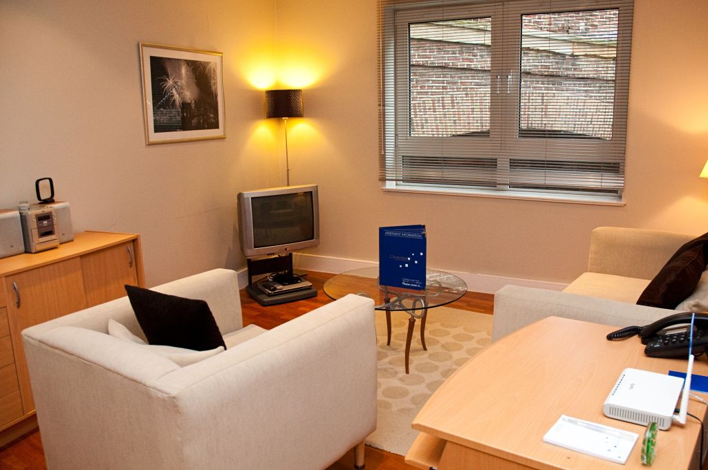 image 9 furnished 1 bedroom Apartment for rent in Tower, City of London