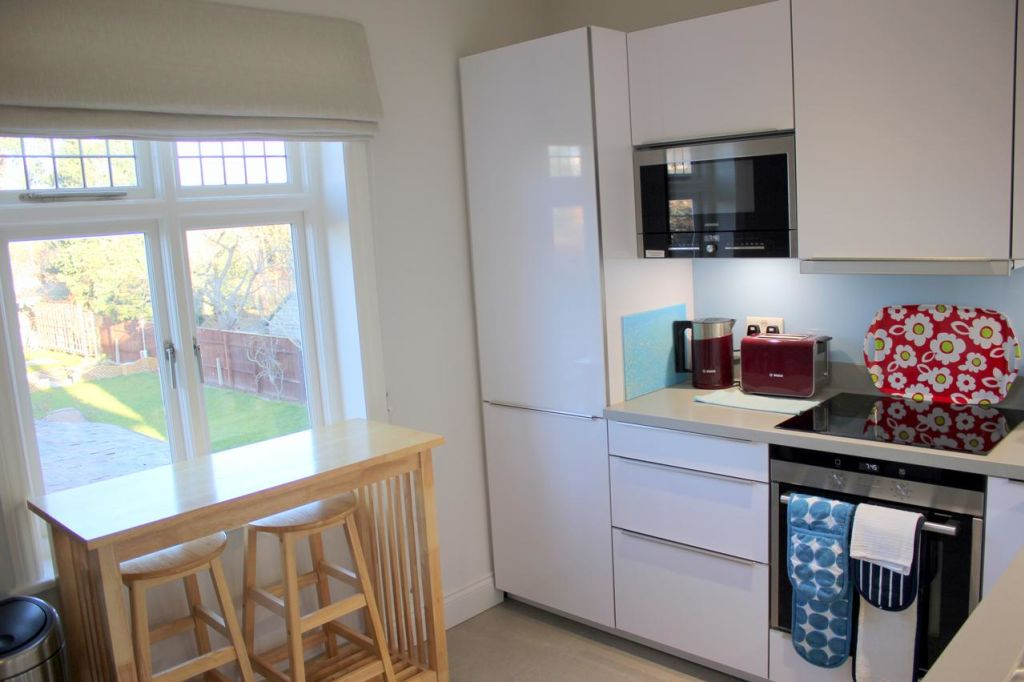 image 7 furnished 4 bedroom Apartment for rent in South Cambridgeshire, Cambridgeshire