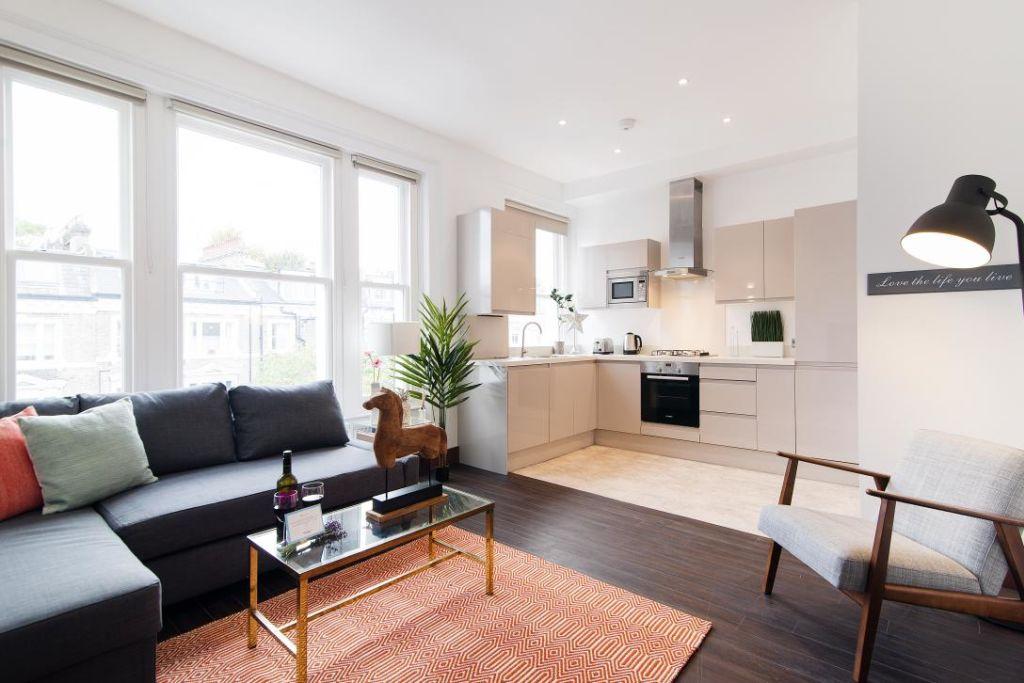 image 9 furnished 2 bedroom Apartment for rent in Holland Park, Kensington Chelsea