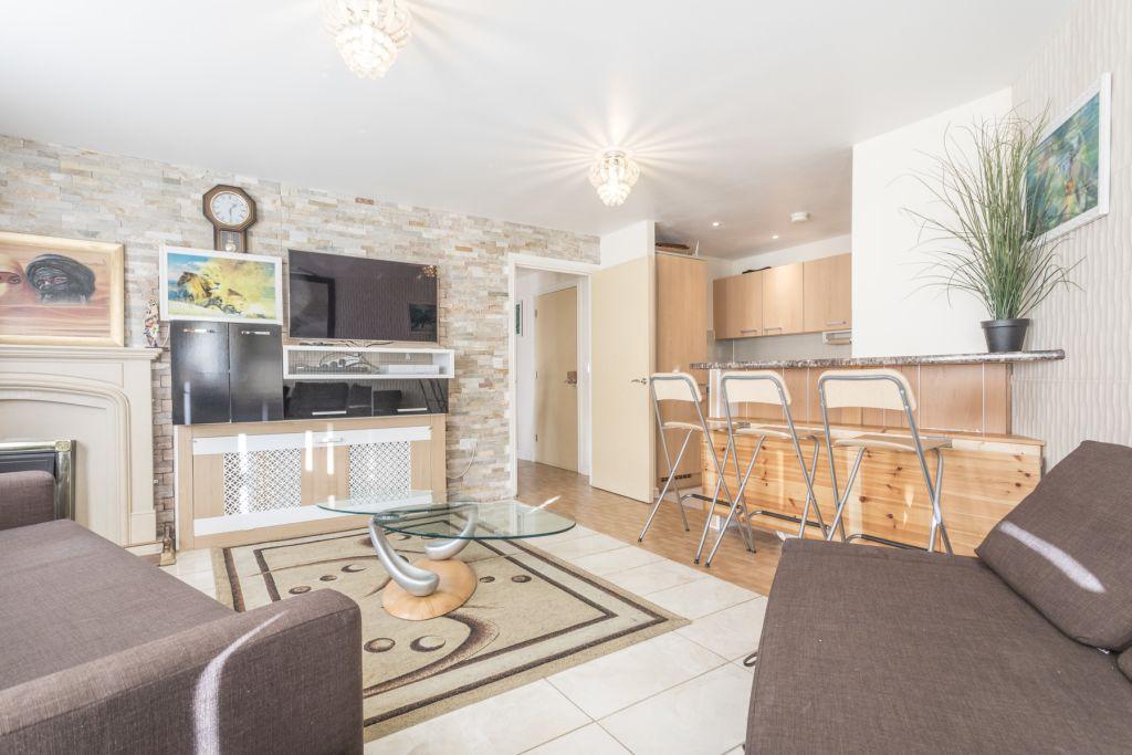 image 1 furnished 1 bedroom Apartment for rent in Colindale, Barnet