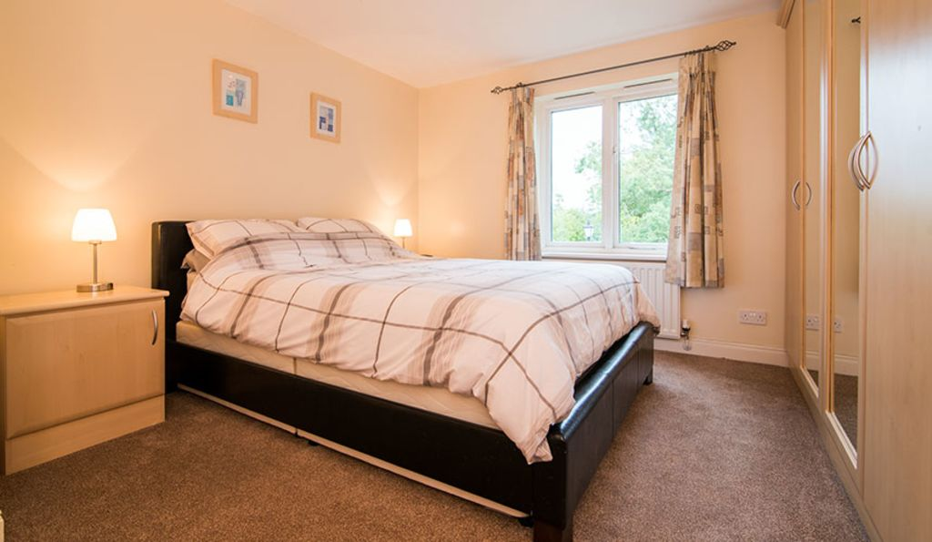 image 5 furnished 2 bedroom Apartment for rent in Stockport, Greater Manchester