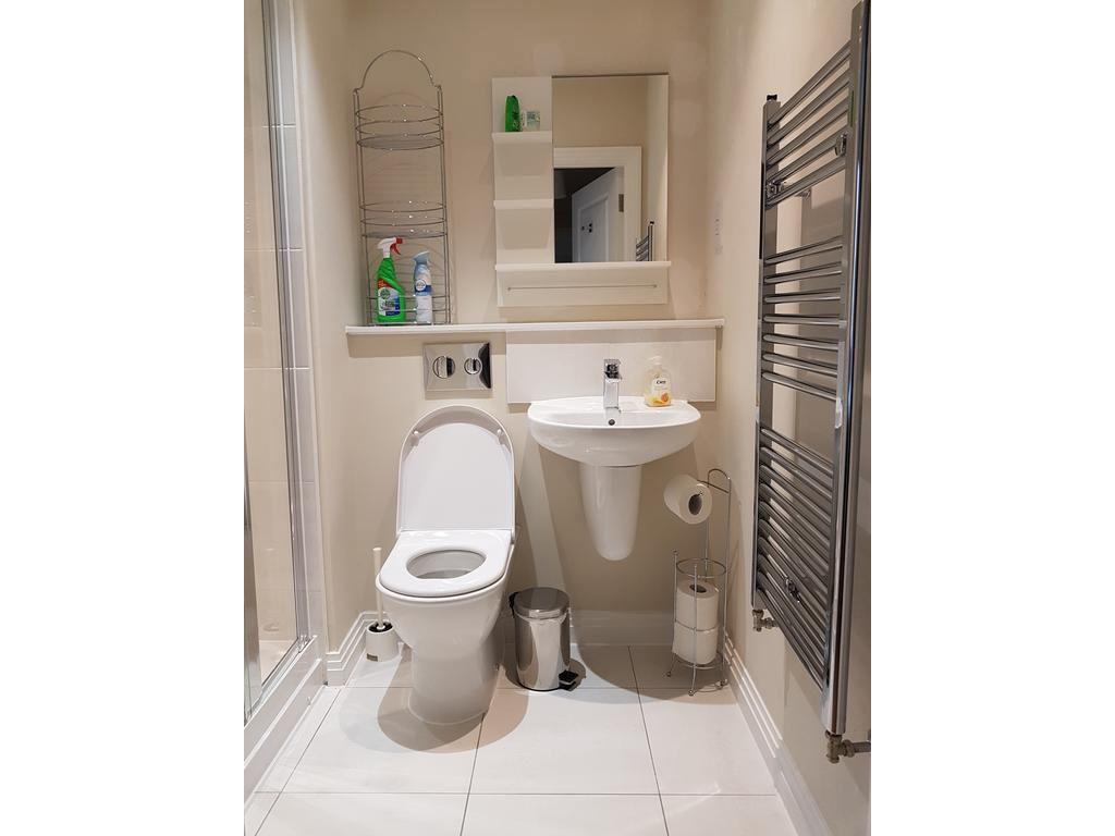image 5 furnished 1 bedroom Apartment for rent in West Drayton, Hillingdon