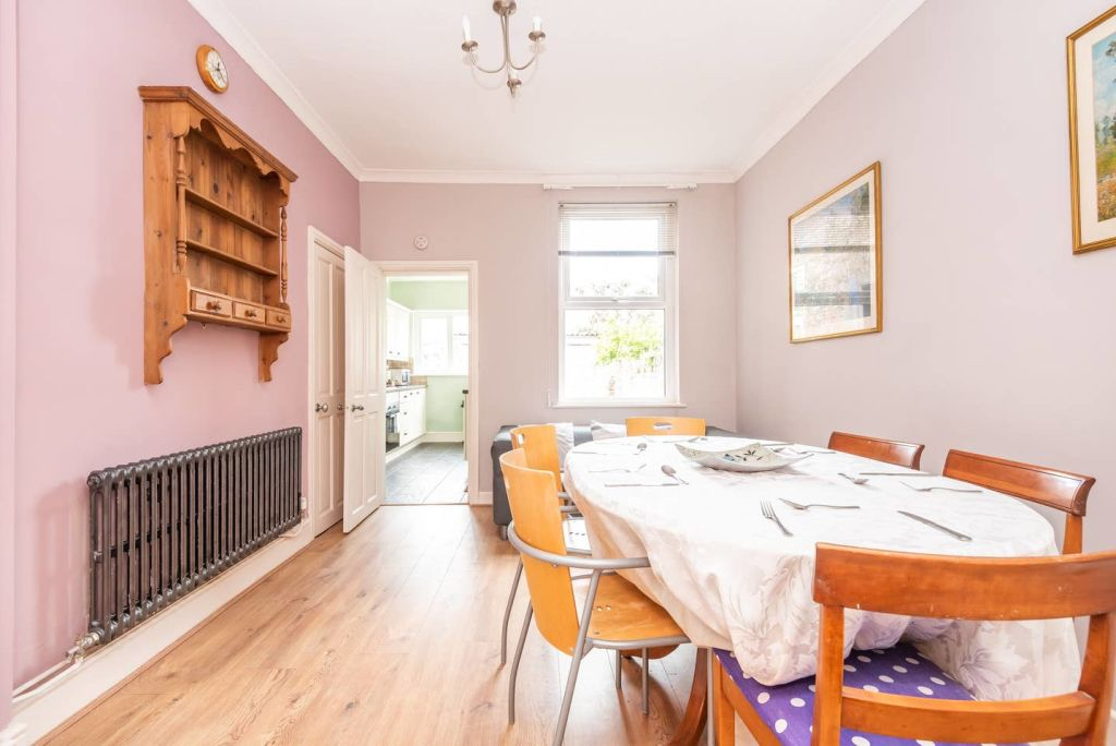 image 6 furnished 3 bedroom Apartment for rent in City of York, North Yorkshire NE