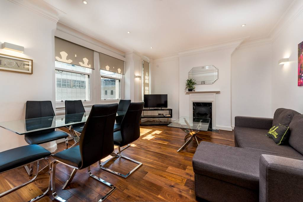 image 2 furnished 2 bedroom Apartment for rent in Castle Baynard, City of London