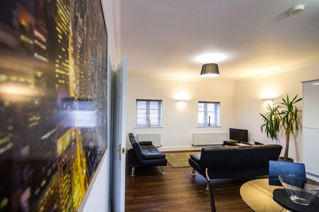 image 1 furnished 1 bedroom Apartment for rent in Upton, Bexley