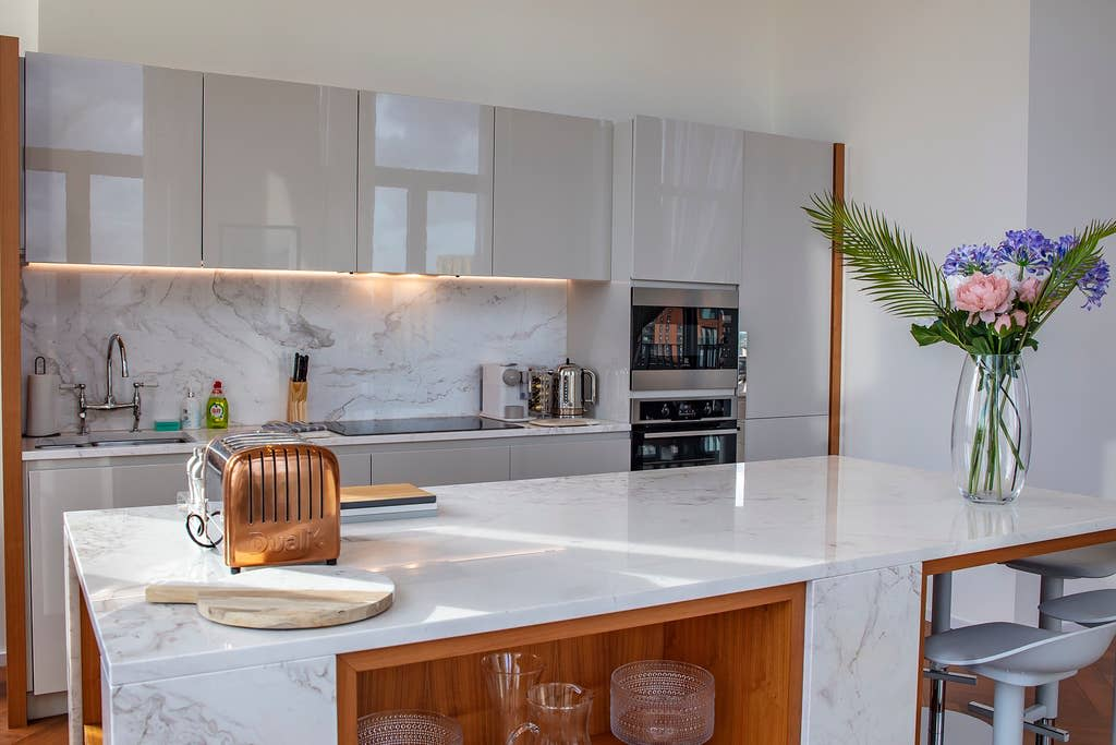 image 6 furnished 3 bedroom Apartment for rent in Wandsworth, Wandsworth