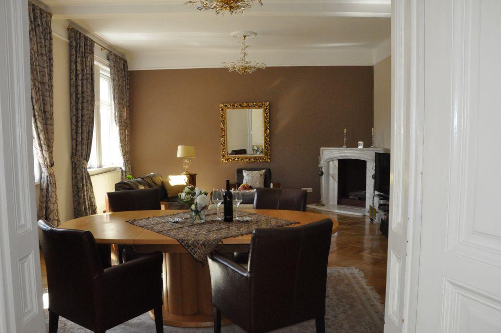 image 6 furnished 3 bedroom Apartment for rent in Josefstadt, Vienna