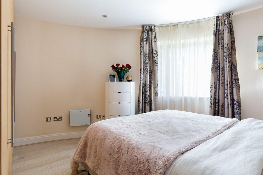 Horsley court, Regency apartments, Montaigne close