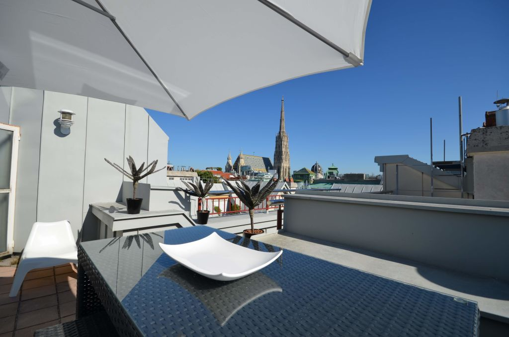 image 3 furnished 2 bedroom Apartment for rent in Innere Stadt, Vienna