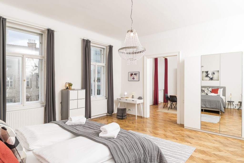image 7 furnished 3 bedroom Apartment for rent in Innere Stadt, Vienna