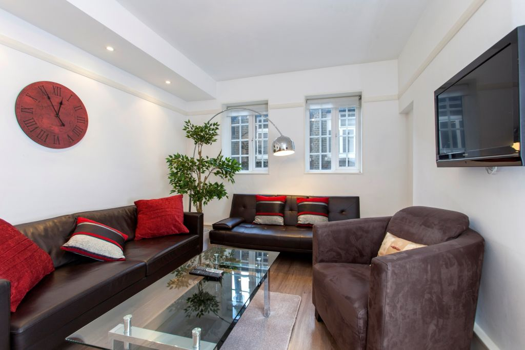 image 1 furnished 1 bedroom Apartment for rent in Bishopsgate, City of London