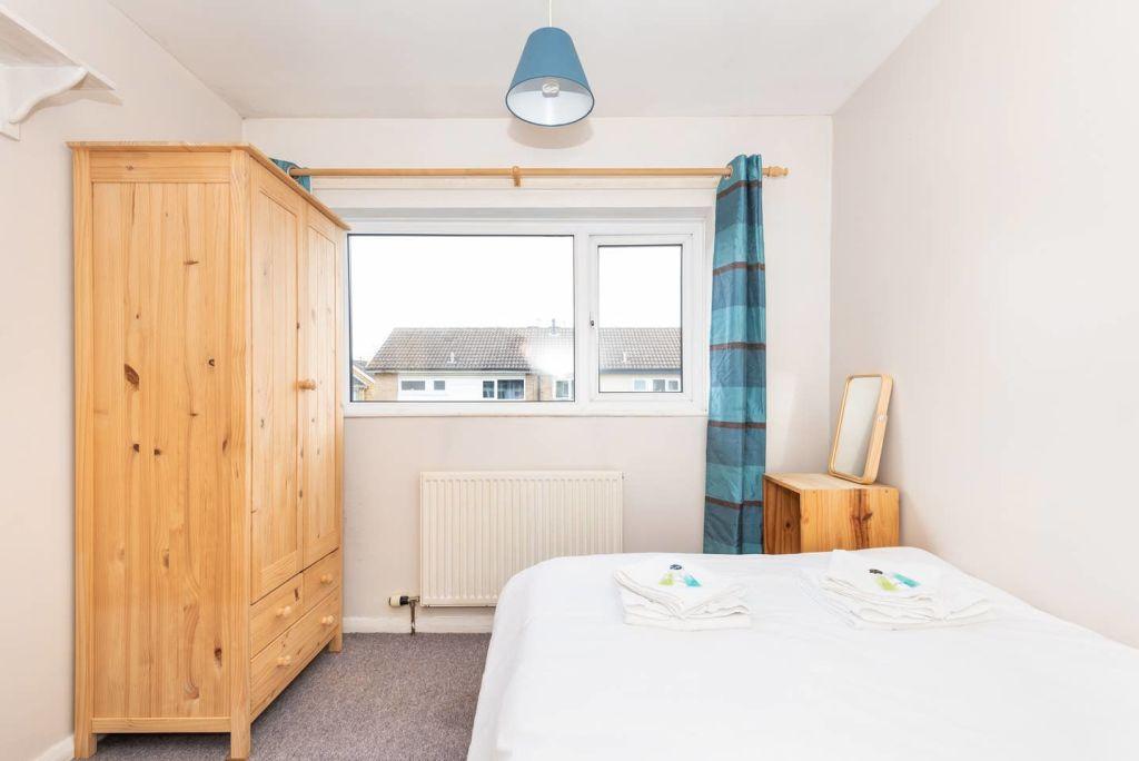 image 8 furnished 3 bedroom Apartment for rent in Leeds, West Yorkshire