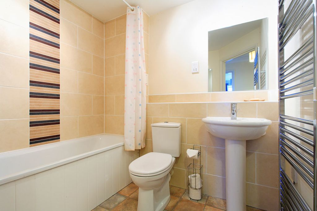 image 7 furnished 2 bedroom Apartment for rent in Dacorum, Hertfordshire