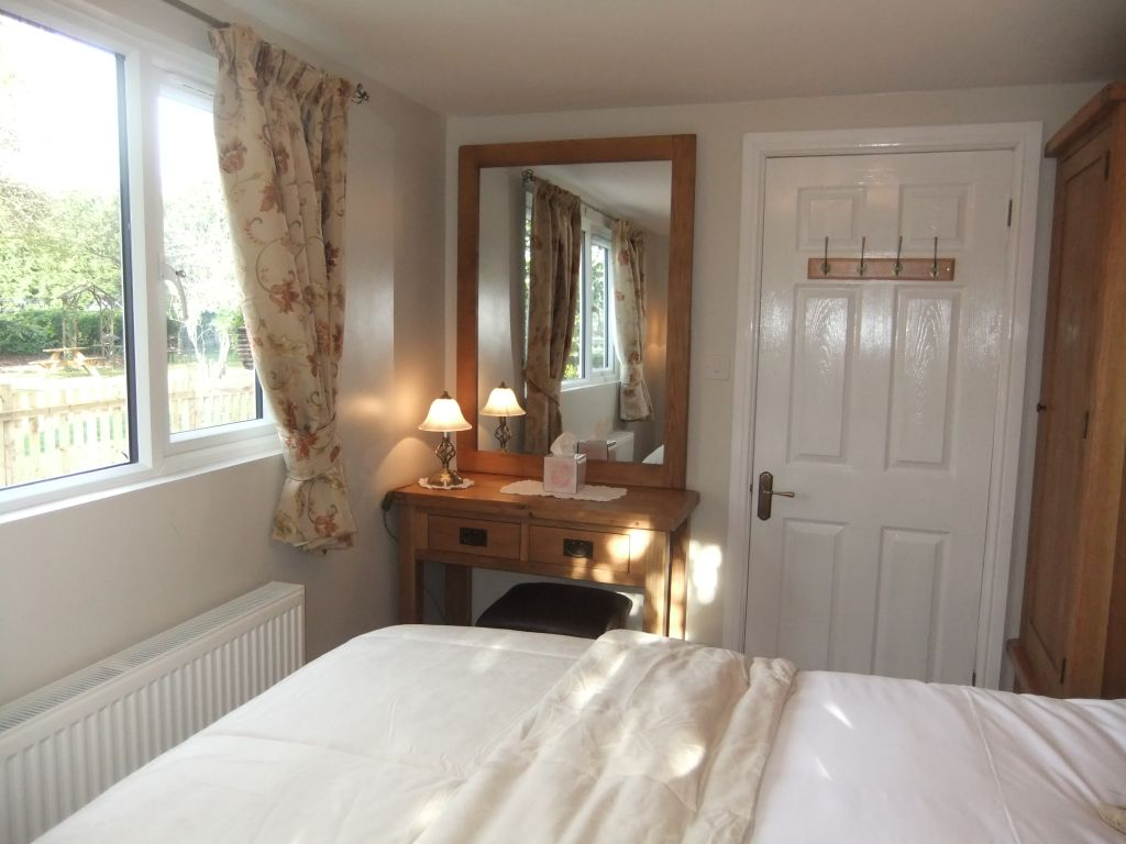 image 7 furnished 1 bedroom Apartment for rent in Windsor and Maidenhead, Berkshire