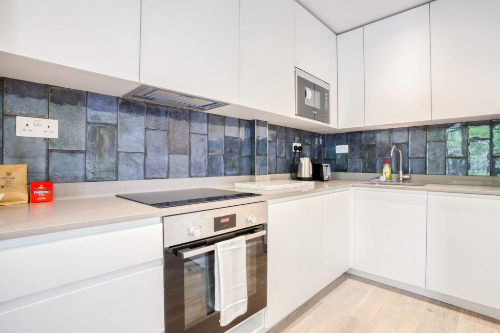 image 9 furnished 1 bedroom Apartment for rent in Fulham, Hammersmith Fulham