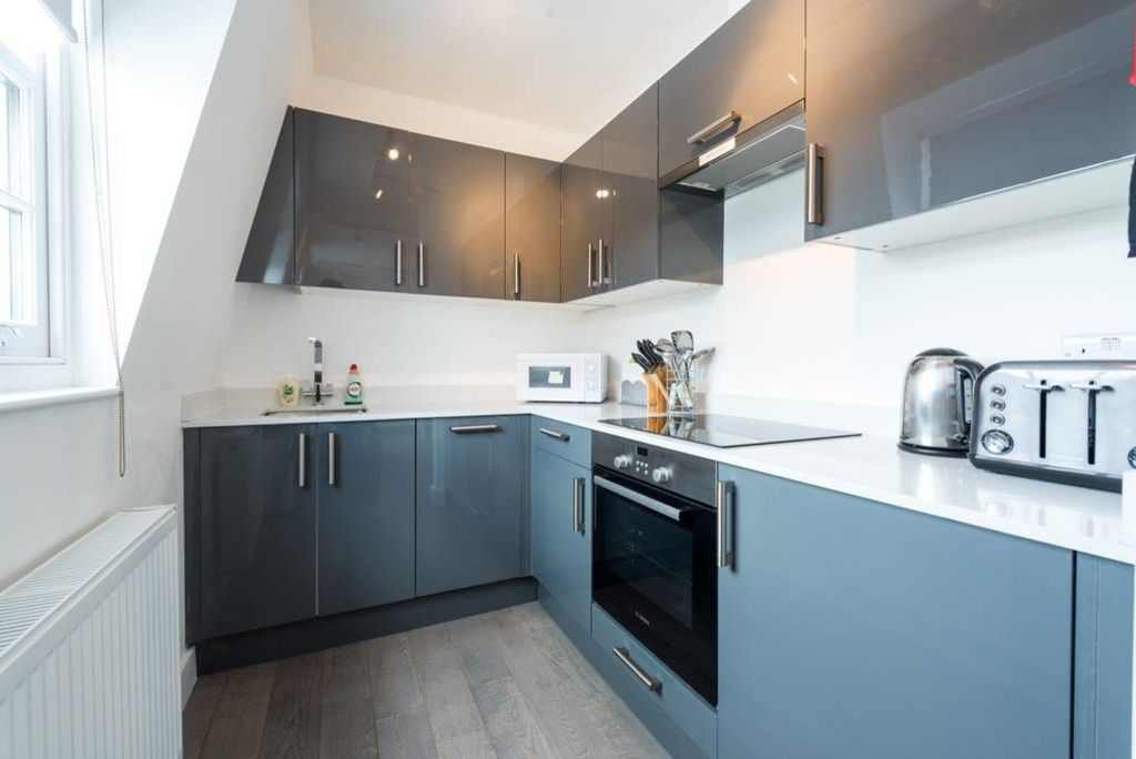 image 2 furnished 2 bedroom Apartment for rent in West Hampstead, Camden