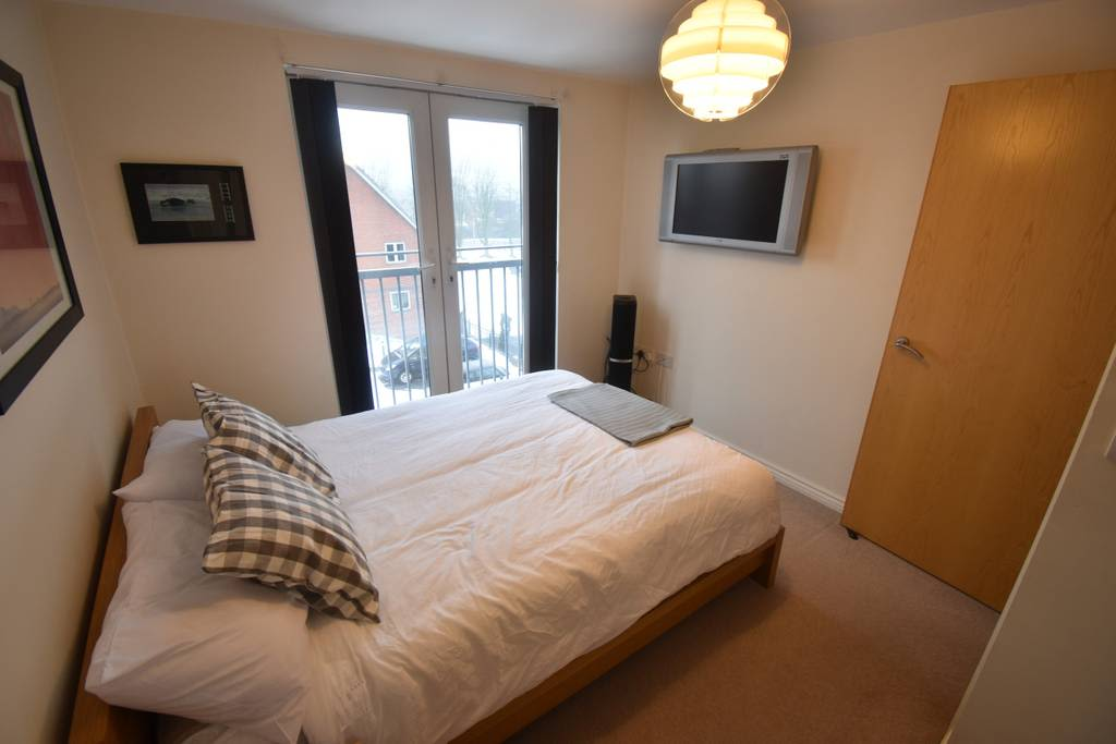 image 2 furnished 2 bedroom Apartment for rent in Rugby, Warwickshire