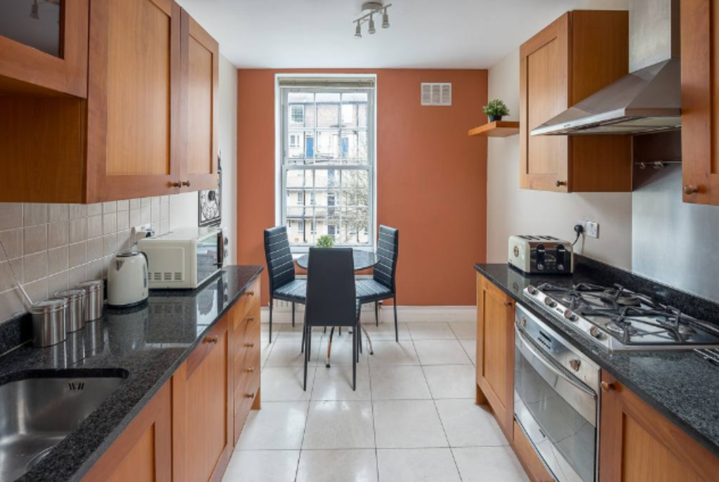 image 4 furnished 2 bedroom Apartment for rent in Newington, Southwark