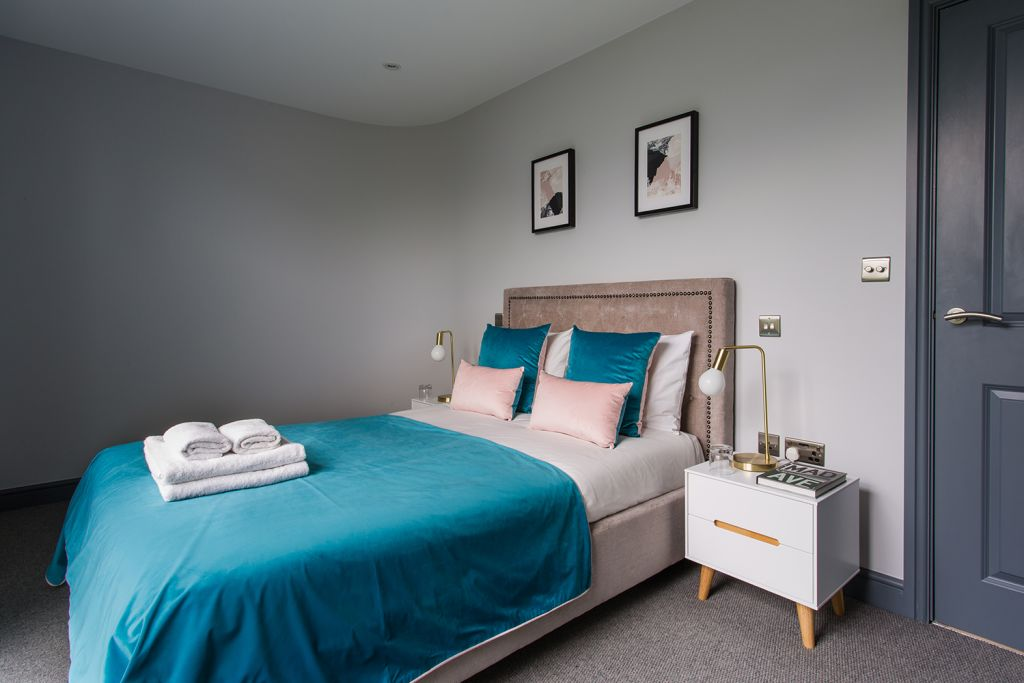 image 2 furnished 2 bedroom Apartment for rent in Rushmoor, Hampshire