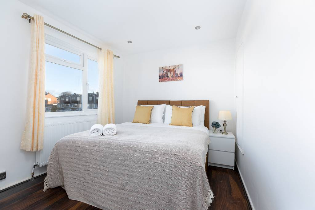image 5 furnished 1 bedroom Apartment for rent in Welwyn Hatfield, Hertfordshire