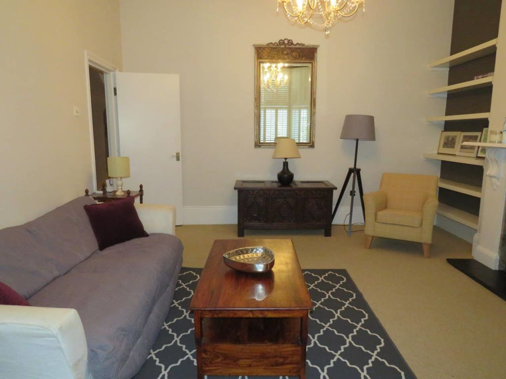 image 3 furnished 2 bedroom Apartment for rent in Ealing, Ealing