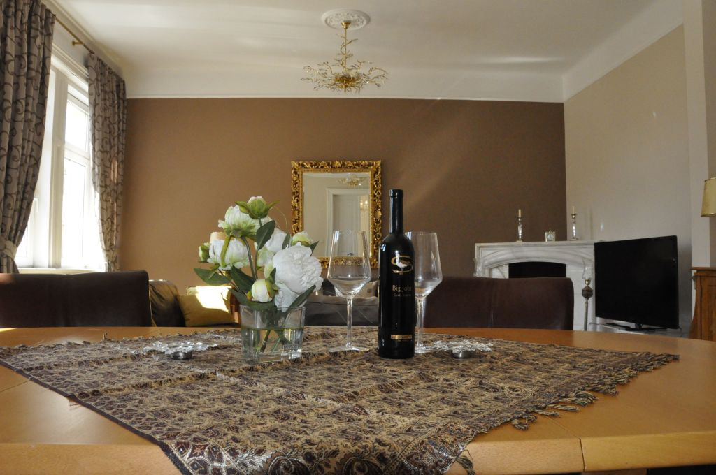 image 9 furnished 3 bedroom Apartment for rent in Josefstadt, Vienna