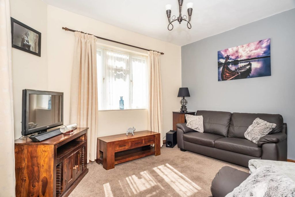 image 2 furnished 3 bedroom Apartment for rent in City of York, North Yorkshire NE