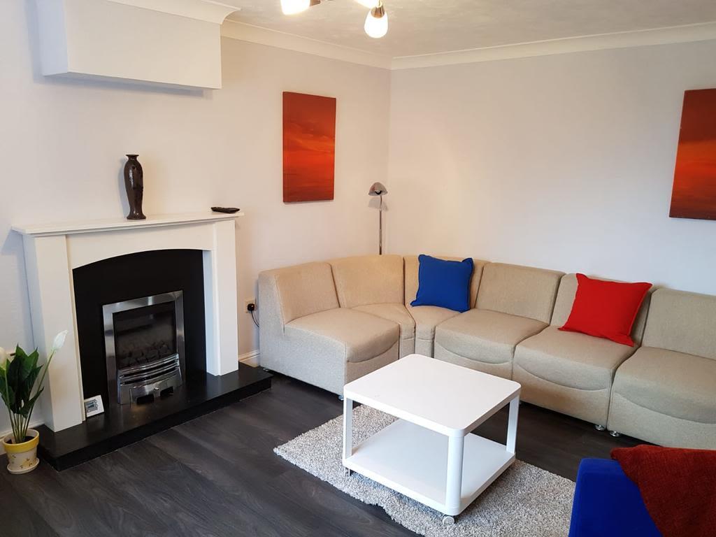 image 5 furnished 3 bedroom Apartment for rent in Nottingham, Nottinghamshire