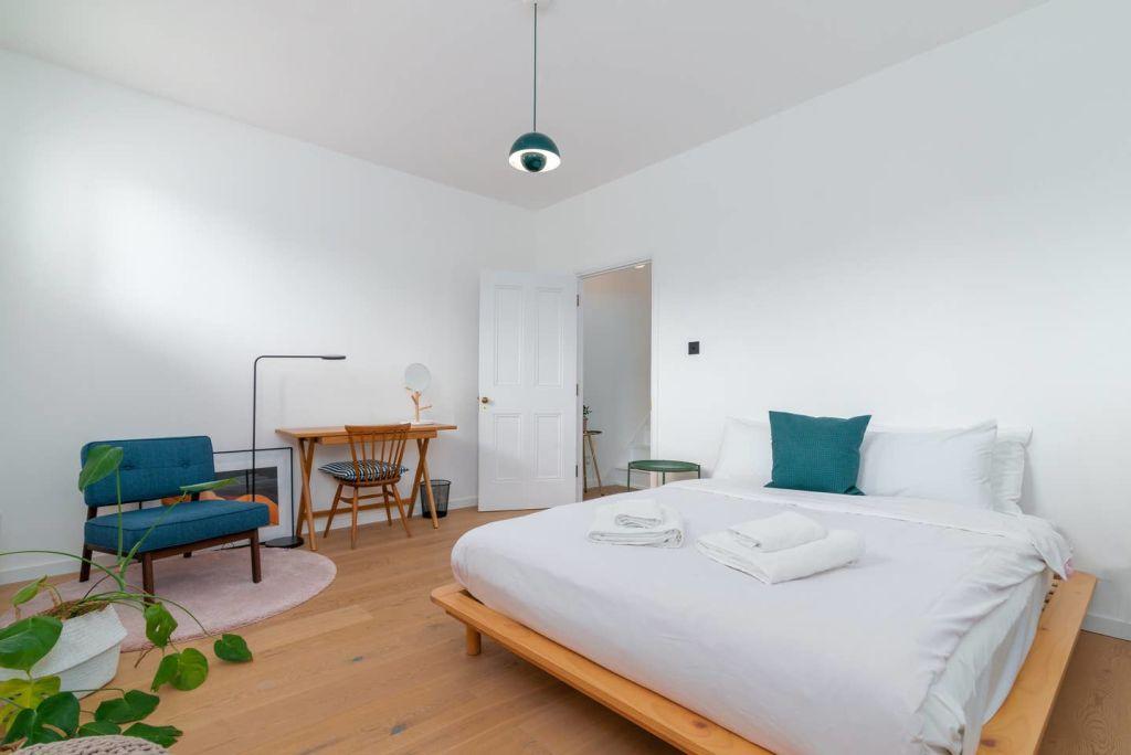 image 5 furnished 3 bedroom Apartment for rent in Hackney Wick, Hackney