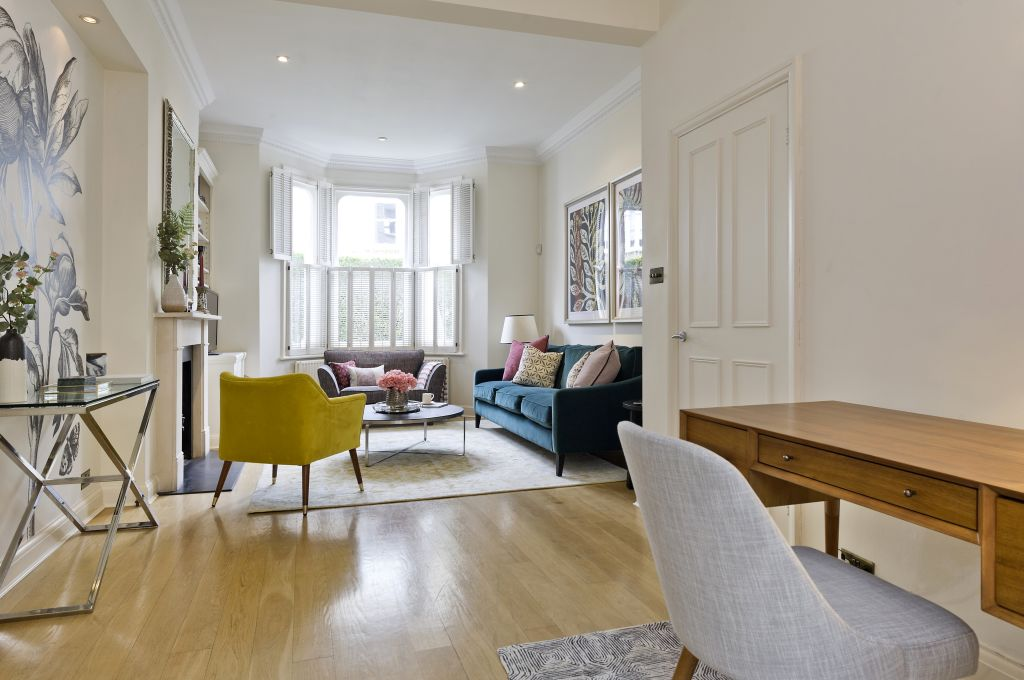 image 2 furnished 4 bedroom Apartment for rent in Fulham, Hammersmith Fulham