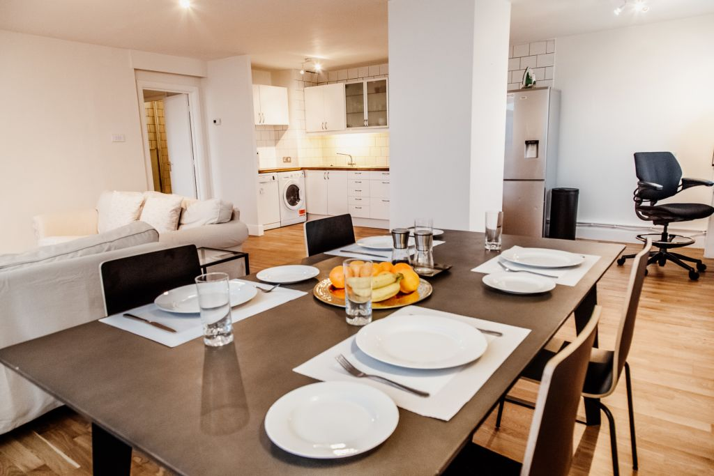 image 1 furnished 2 bedroom Apartment for rent in White City, Hammersmith Fulham