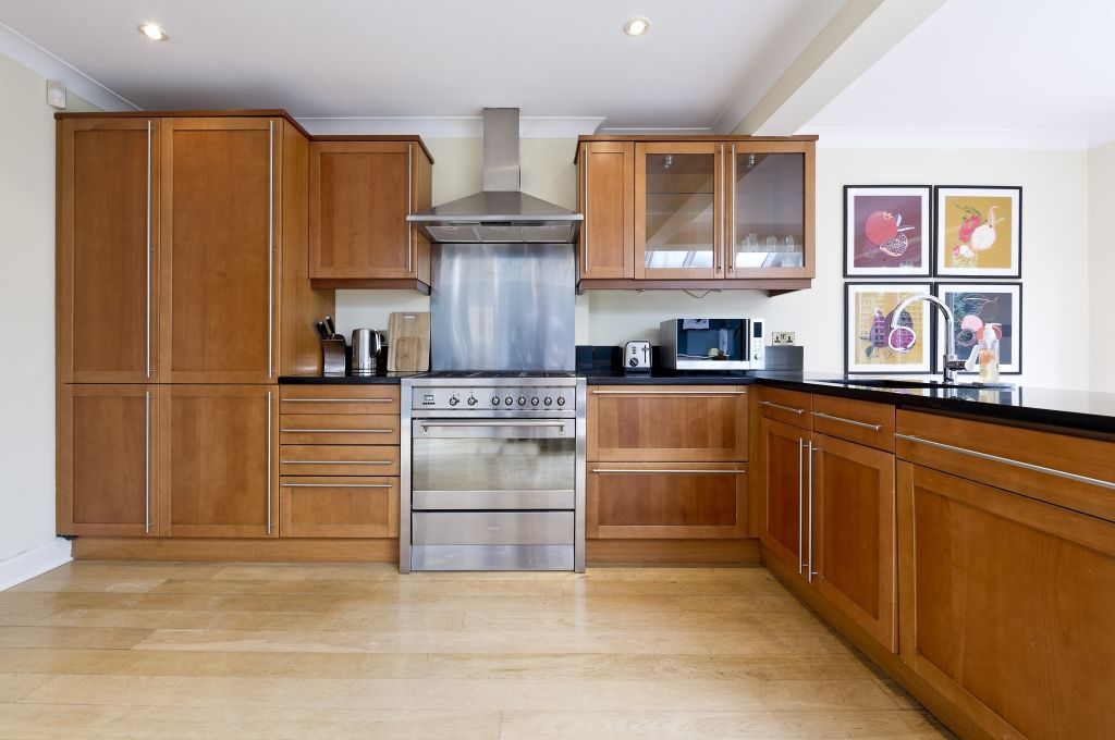 image 6 furnished 4 bedroom Apartment for rent in Fulham, Hammersmith Fulham