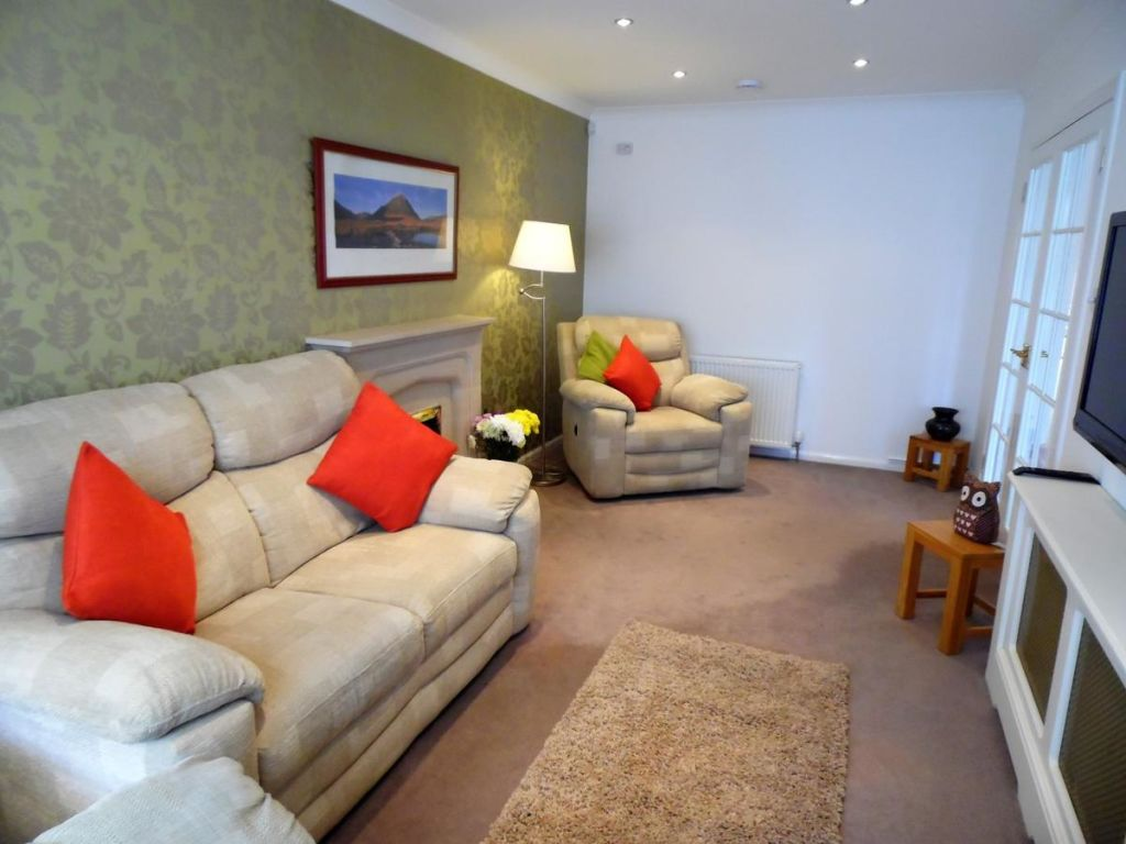 image 8 furnished 4 bedroom Apartment for rent in Glasgow, Scotland