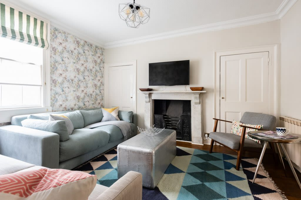 image 1 furnished 4 bedroom Apartment for rent in Bath and North East, Somerset