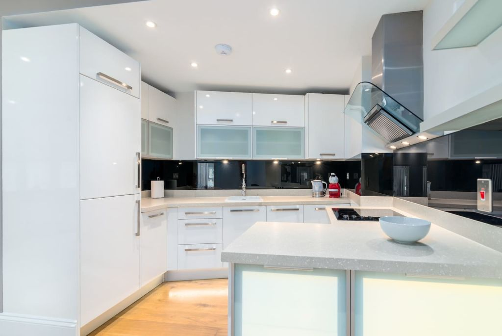 image 6 furnished 2 bedroom Apartment for rent in Dalston, Hackney