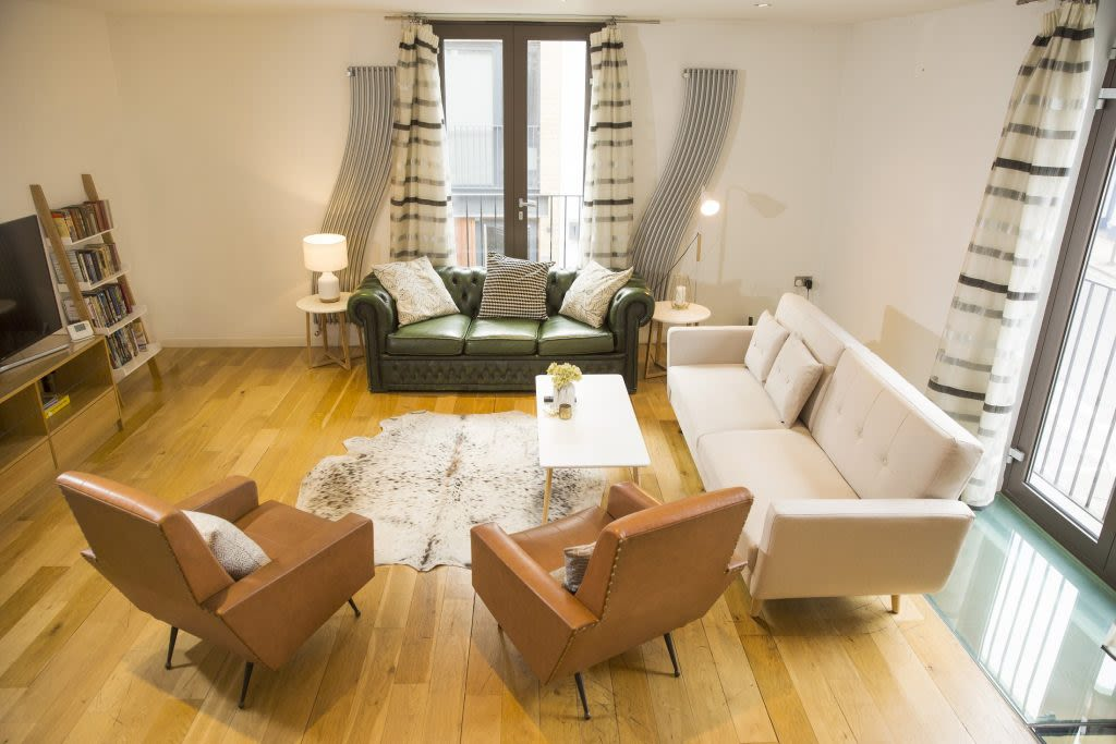 image 3 furnished 3 bedroom Apartment for rent in Covent Garden, City of Westminster