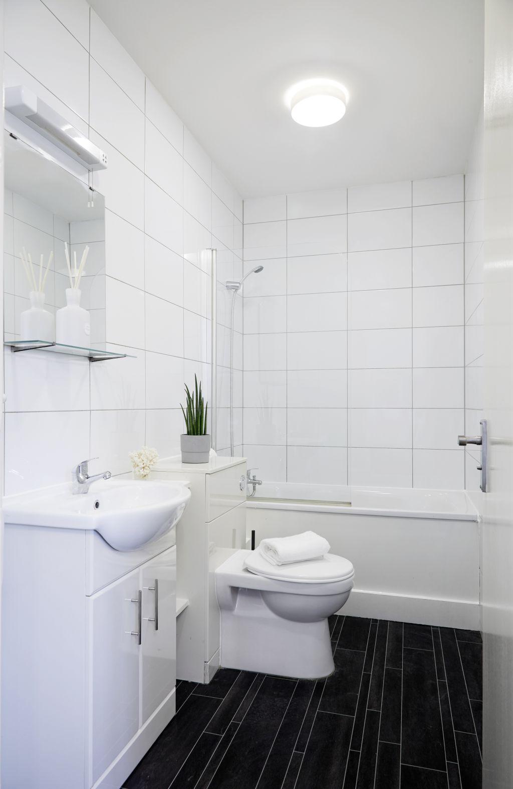 image 8 furnished 1 bedroom Apartment for rent in Watford, Hertfordshire