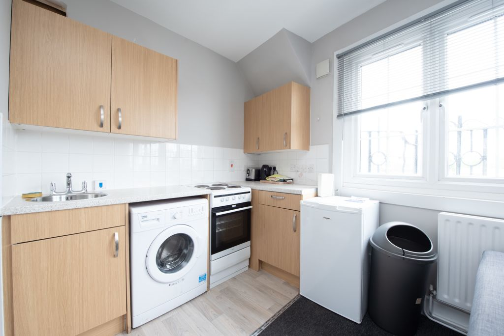 image 9 furnished 1 bedroom Apartment for rent in Walworth, Southwark