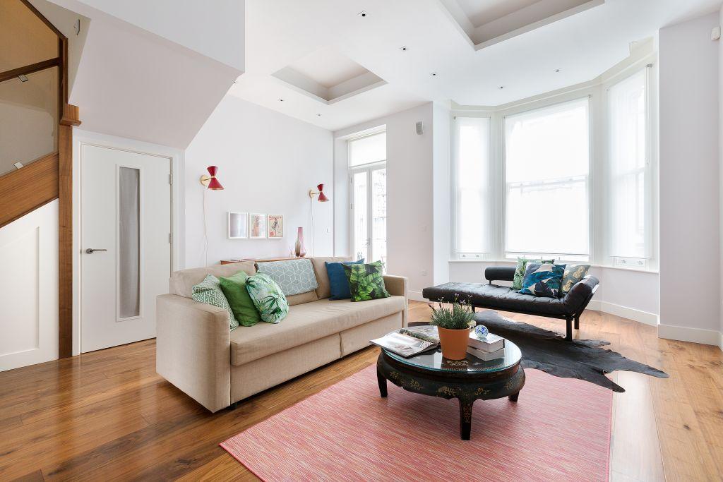image 1 furnished 3 bedroom Apartment for rent in Kensington, Kensington Chelsea