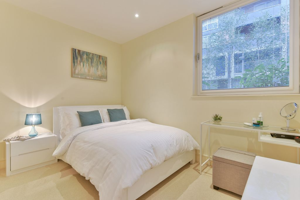 image 7 furnished 1 bedroom Apartment for rent in Canary Wharf, Tower Hamlets