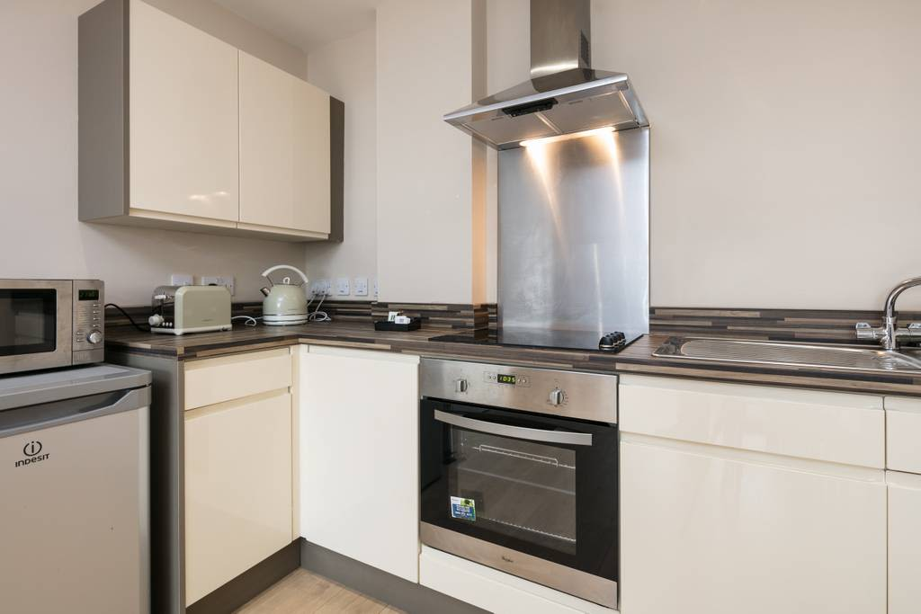image 3 furnished 1 bedroom Apartment for rent in Cheetham, Manchester